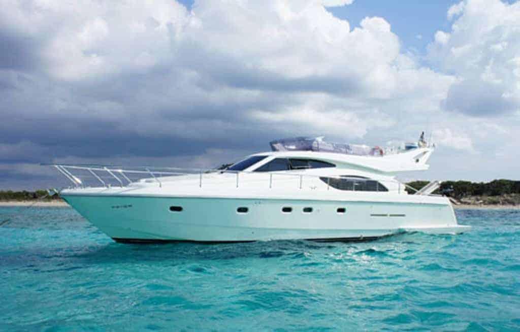 Yacht Ferreti 53